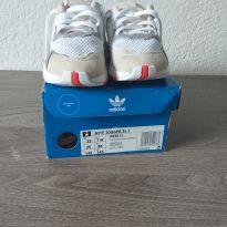 Tênis Adidas usado uma única vez - 23 - Adidas