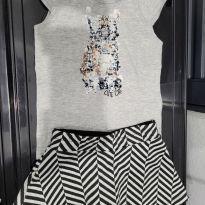 Conjunto de blusa e short saia chevron de Gatinho - 2 anos - Milon