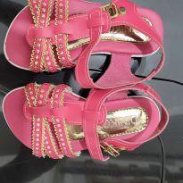 Sandália rosa e dourada - 23 - Sem marca
