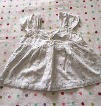 Blusinha branca com tracinhos coloridos Tommy Hilfiger - 3 anos - Tommy Hilfiger