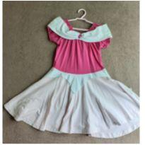 Vestido Princesa Aurora - 6 anos - Não informada