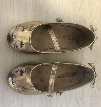 Sapato infantil - Gatinha - 25 - Não informada