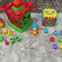 Vários brinquedos -  - Não informada