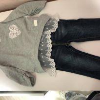 Conjunto Calça Jeans e Blusa de Moleton com Renda - 2 anos - Não informada
