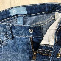 Calça Jeans Baby Gap com Barra desfiada - 18 a 24 meses - GAP