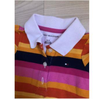 camisa polo tommy hilfiger listrada - 3 a 6 meses - Tommy Hilfiger