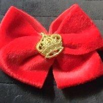 Faixa de Cabelo Vermelha  com Coroa - Sem faixa etaria - Não informada