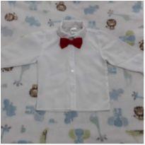 Camisa social com gravata borboleta - 6 a 9 meses - Não informada