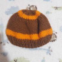 Touquinha de crochet -  - Não informada