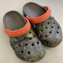 Crocs C12 Camuflado - 30 - Crocs