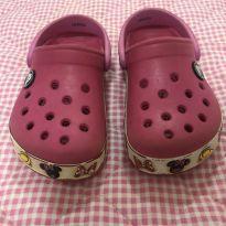 Crocs Minnie Rosa - 24 - Crocs