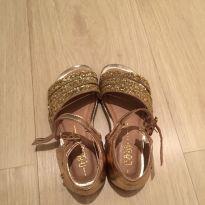 Sandália dourada - 26 - Bibi