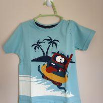Camiseta manga curta monstrinho na praia, tam 2, nova - 2 anos - ARTE BÁSICA