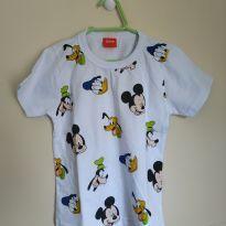 Camiseta manga curta personagens Mickey/Pateta/Pato Donald, tam 2, nunca usada - 2 anos - Disney