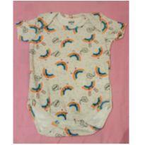 Body manga curta colorido com estampa de arco íris, lindo, NOVO, tam M (3-6 mese - 3 a 6 meses - Tip Top