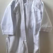 KARATÊ - Kimono - 4 anos - Não informada