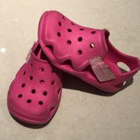 Sapatilha crocs rosa - 24 - Crocs