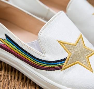 Tênis branco com estrela cadente - 29 - Ludique et Badin