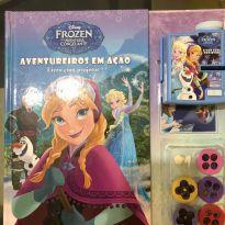 Livro Disney Frozen com projetor -  - Disney