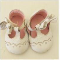 Sapatinho branco de bebê - 15 - Pampili