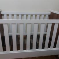 Berço Allegrini que vira mini-cama com pouco uso - Sem faixa etaria - Não informada