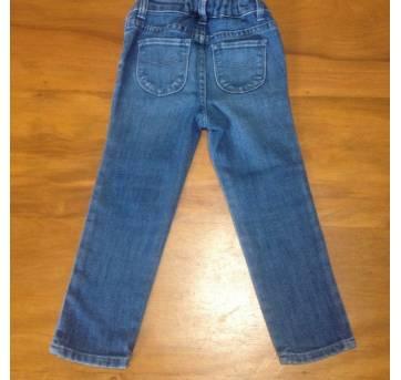"""calça jeans mini skinny da """"BabyGap"""" com bordados delicados nas laterais, - 3 anos - Baby Gap"""