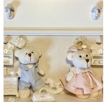quadro estilo provençal, ursinho azul e ursinha rosa - Sem faixa etaria - Não informada