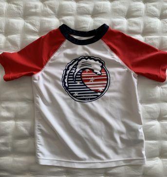 Camiseta com proteção solar PF50 - 2 anos - Baby Gap