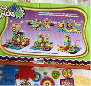 Brinquedo de montar IQ Bricks 81 peças - Sem faixa etaria - Importado
