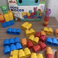 Brinquedo para Montar Fofo Blocos 25 Peças, Elka, Multicor -  - Elka