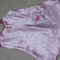 Camisola em cetim Rosa bordada Tam 4 - 4 anos - Não informada