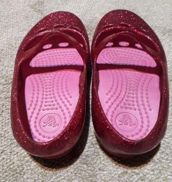 SAPATINHO DE PRINCESA COM GLITER CROCS - 24 - Crocs