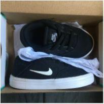 Tênis Nike SB - 22 - Nike