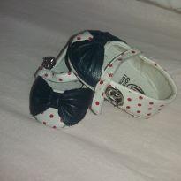 Sapatinho de bolinhas - 14 - Bibi