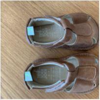 Sandália couro confortável - 17 - Tip Toey Joey
