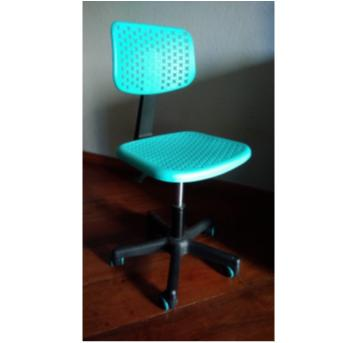 Cadeira Escritório - Sem faixa etaria - Não informada