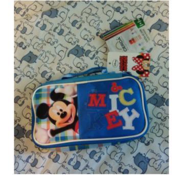 Lancheira Térmica Mickey - Sem faixa etaria - Disney