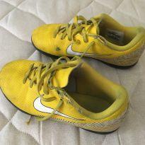 Chuteira Nike de Salao - 32 - Nike
