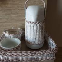 Kit Higiene em porcelana e vime sintético -  - Não informada