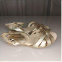 Sandalia dourada de couro tam 23 - 23 - Pampili