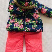Conjunto esqui Carter`s - calça/macacão + jaqueta com capuz - tam 12m - 1 ano - Carter`s