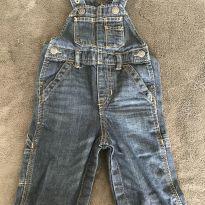 Jardineira jeans GAP - 9 meses - Baby Gap