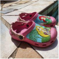 Crocs das Princesas - 27 - Crocs