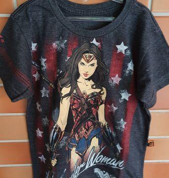 Camiseta Mulher Maravilha Piticas - 4 anos - Piticas