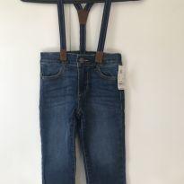 Calça jeans OshKosh B'Gosh com suspensório tamanho 2T - 2 anos - OshKosh