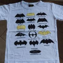 Camiseta Batman, com os morcegos amarelos em Relevo - 4 anos - Batman