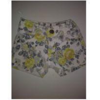 Shortinho jeans florido - 2 anos - Clube do Doce