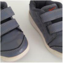 Tenis NIKE cinza com velcro - 20 - Nike