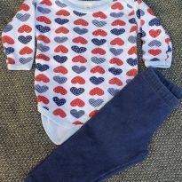 Kit body coração + calça azul - 0 a 3 meses - Não informada