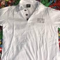 5a3614260d JOÃO E MARIA ESTÃO CRESCENDO Camiseta polo Hering tamanho 4. Marca  Hering    4 anos   R  12